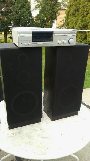 Home stereo system sounds great for Sale in Allen Park, MI