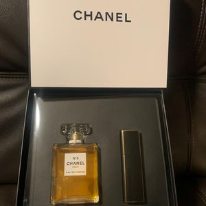 Chanel N5 Eau De Perfume for Sale in Compton, CA