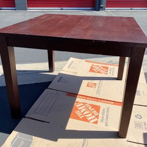 Solid Wood Dining Room Table With 4 Chairs for Sale in Lakewood, CA