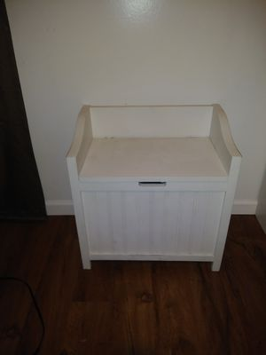 White Storage / Toy Box for Sale in Tacoma, WA