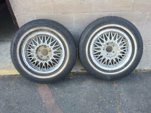 Two 15 inch aluminum Ford or Lincoln rims. $50 each for Sale in Montebello, CA