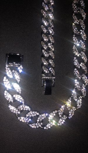 CUBAN LINK CHAIN & BRACELET for Sale in Vancouver, WA