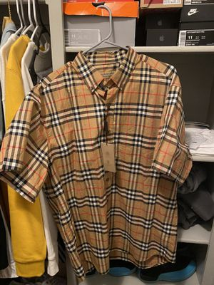 Men's Burberry short sleeve button up for Sale in Los Angeles, CA