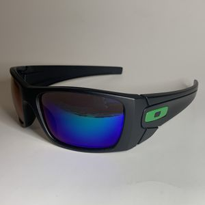Brand new MENS sunglasses Oakley FUELCELL style Pick up Lake Forest Mon-fri 8am-3pm for Sale in Mission Viejo, CA
