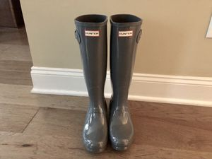 HUNTER RAIN BOOTS SIZE 7 Gray for Sale in Raleigh, NC