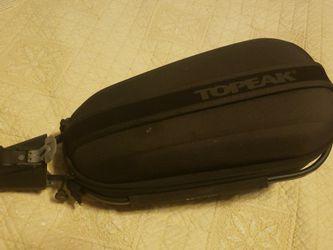 TOPEAK DynaPack 4L Wedge Seatpost Bag w/ Quick Release for Sale in Mukilteo,  WA