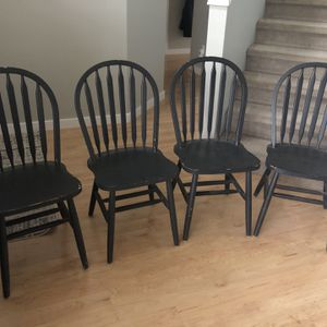 4 Dining Room Chairs for Sale in Duvall, WA