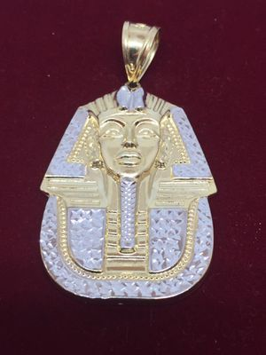 King Tut 10 K Y Charm large size for Sale in Plano, TX