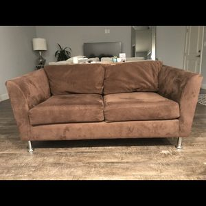 Brown Love Seat for Sale in Los Angeles, CA
