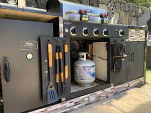 Kitchen grill - outdoor for Sale in Kailua, HI