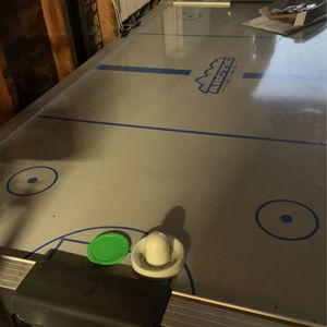 Air Hockey Table for Sale in Rancho Cucamonga, CA