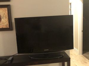 Two [non smart] tvs (36 & 37 inch) for Sale in Henderson, NV