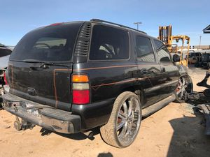 2004 GMC YUKON 5.3L 4x4 FOR PARTS — 90 DAY WARRANTY ENGINE AND TRANS WE DELIVER for Sale in Los Angeles, CA