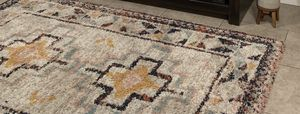 5 x 7 shag area rug for Sale in South El Monte, CA