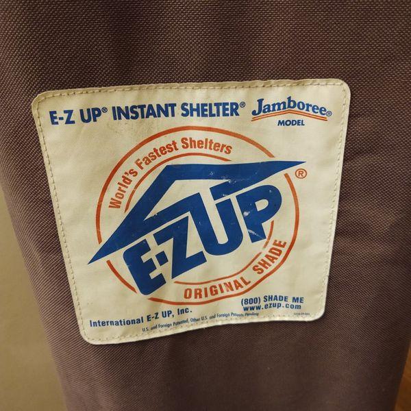 E-Z UP Portable Tent Shelter 10'x10'
