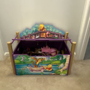 Toy Chest for Sale in Lexington, SC