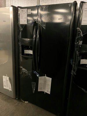 Frigidaire Black Refrigerator 1yr Manufacturers Warranty for Sale in Gilbert, AZ