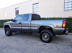 ֆ12OO 4WD Chevrolet Silverado 4WD for Sale in Dunlap, CA
