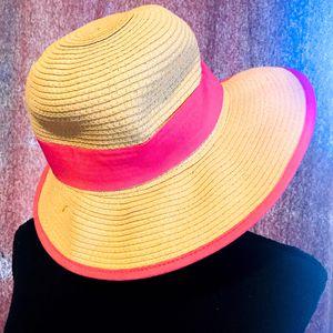 🌞Women's Wide Brim Hand Woven Straw Sun Hat for Sale in Corona, CA