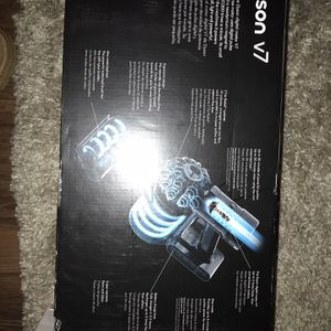 Dyson v7 Vacuum & Ergo Baby Holder for Sale in Milwaukee, WI