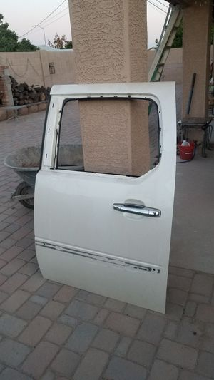 2007 Escalade door rear driver with GLASS & window track motor for Sale in Gilbert, AZ