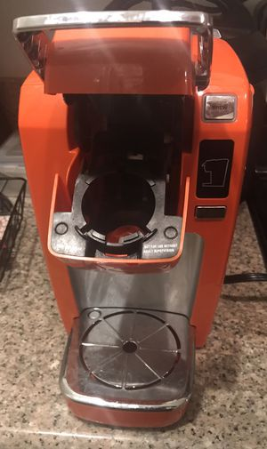 Keurig Coffee Maker for Sale in West Los Angeles, CA