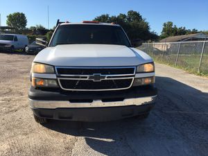Chevy 3500 flatbed for Sale in Houston, TX