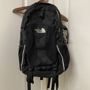 NORTHFACE RECON BACKPACK for Sale in Los Angeles, CA