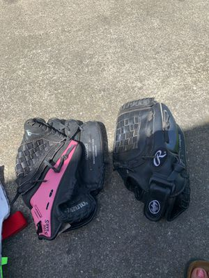 Baseball / softball gloves for Sale in Stockton, CA