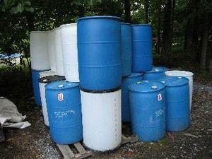 Lots of barrels drums for Sale in Nottingham, MD