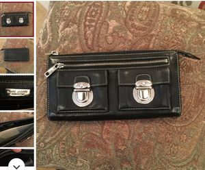 MARC JACOBS BLACK LEATHER WALLET for Sale in Aberdeen, MD