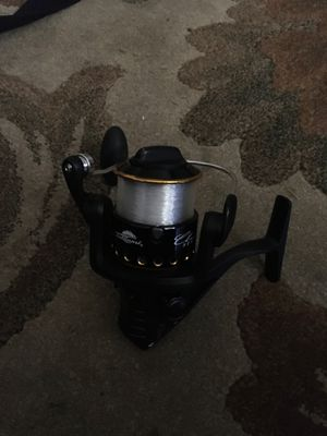 Fishing reels brand new 2 13s and 1 tsunamtsc 4000 all brand new for Sale in Belle Isle, FL