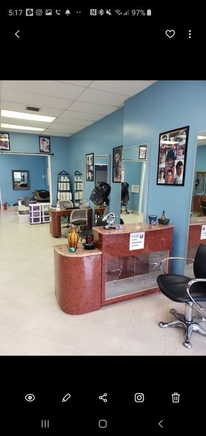 Recepcion de peluqueria for Sale in Port St. Lucie, FL