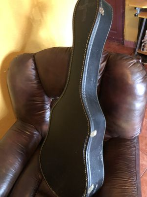 Guitar case for medium size classical guitars for Sale in Los Angeles, CA