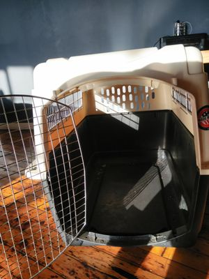 Large Petco Carrier for Sale in St. Louis, MO