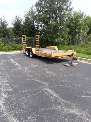 18ft trailer very nice bobcat , car , equipment trailer for Sale in Lombard, IL
