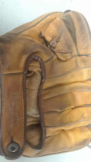 Vintage L Smith baseball glove from the 50s for Sale in Gibsonia, PA