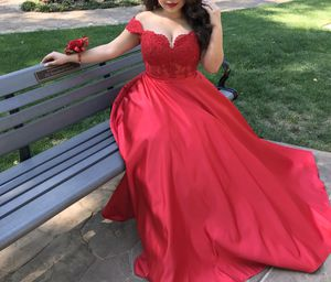 Prom dress, Size Medium for Sale in Irving, TX
