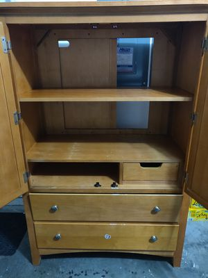 Cabinet with shelf Ford Tv for Sale in Winter Garden, FL