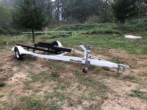 Shoreline boat trailer, 21 feet, good shape. Comes with spare tire. $300 OBO for Sale in Damascus, OR