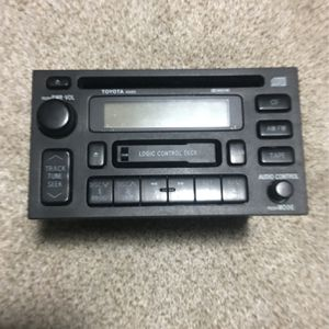 Toyota OEM AMFM radio CD Cassette AD6801 Avalon 4Runner Camry Land Cruiser 90-99 for Sale in Lincoln, RI