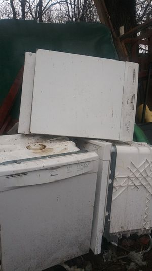 Amana Dishwasher 3 of them best offer cash only for Sale in Oklahoma City, OK