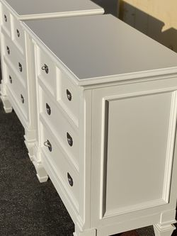‼️BRAND NEW‼️white Nightstand 3 drawer $525/Pair. FREE Set up & DELIVERY IN LA-OC for Sale in Costa Mesa,  CA