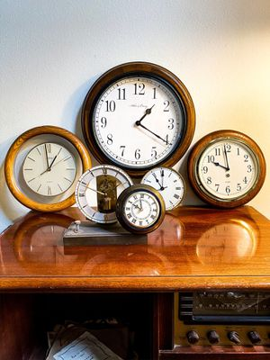 Need a new clock? for Sale in Norwalk, CA
