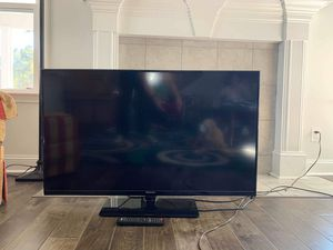 "43"" TV for Sale in Bloomingdale, GA"