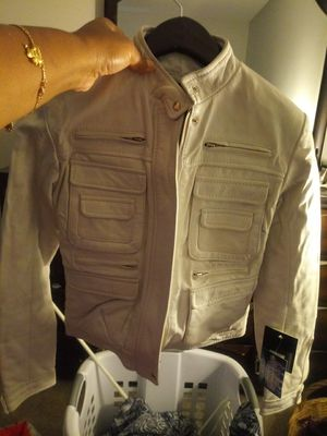 White Leather Jacket for Sale in Raleigh, NC