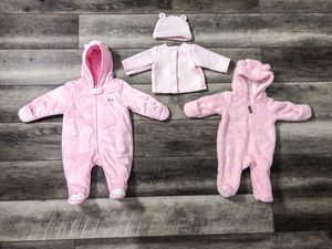 Baby Girl Fall/Winter Clothing Lot 3-6 Months Good To New Condition 35 Items for Sale in Park Ridge, IL