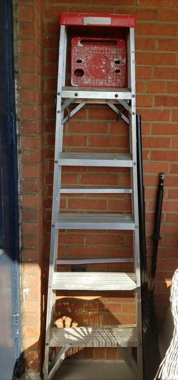 Davidson aluminum 6 ft step ladder