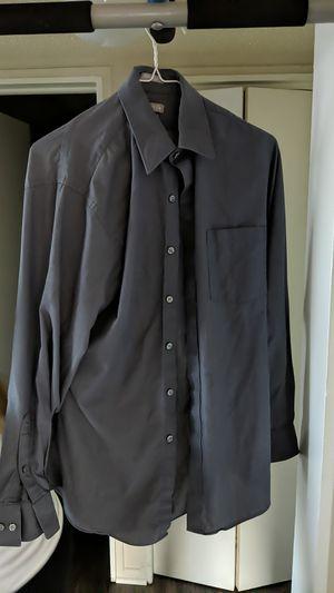 Van Heusen Dress Shirt for Sale in Kansas City, MO