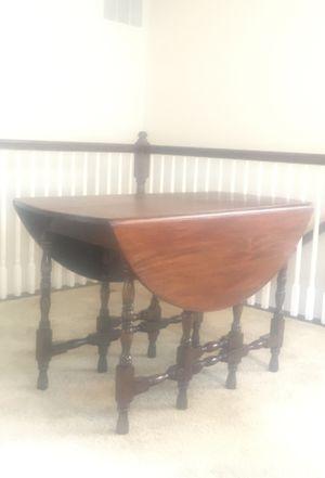 Antique Drop Leaf Gate Leg Table for Sale in Ashburn, VA